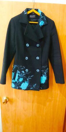 Пальто женское размер 38-40