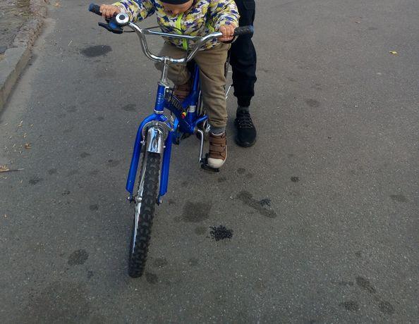 продам велосипед в хорошому стані ,діаметр 20