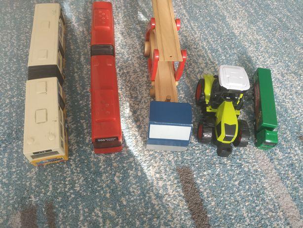Autobusy ,laweta , traktor ,tir
