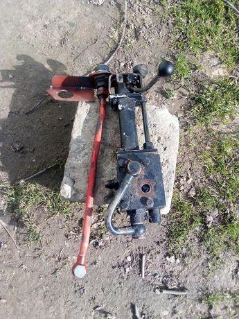 Rozdzielacz hydrauliczny c 330 sprawny