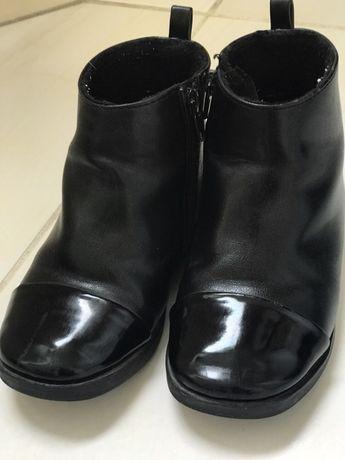 черевички Zara 25 розміру.