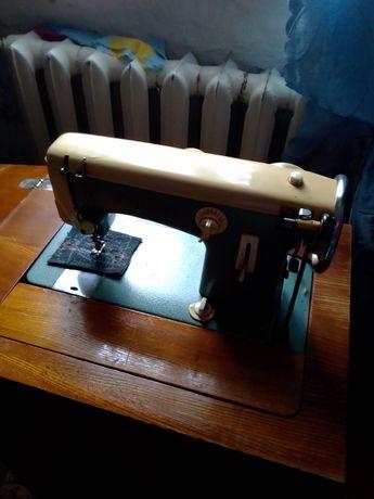 Швейная машина чайка СССР