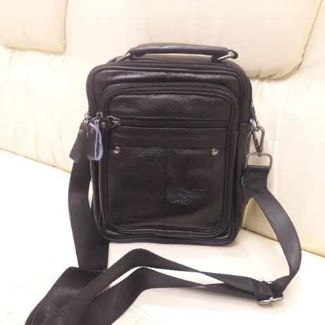 Черная кожаная мужская сумка планшетка