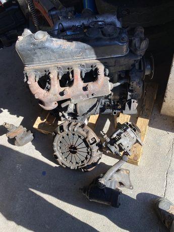 Motor mitsubishi 3.300 canter