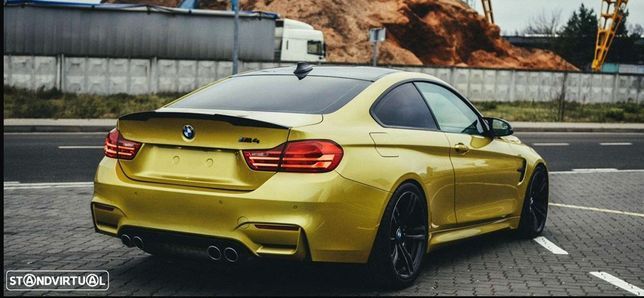 BMW M4 Performance Ceramic brakes