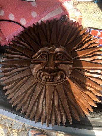 Sol em madeira feito a mao