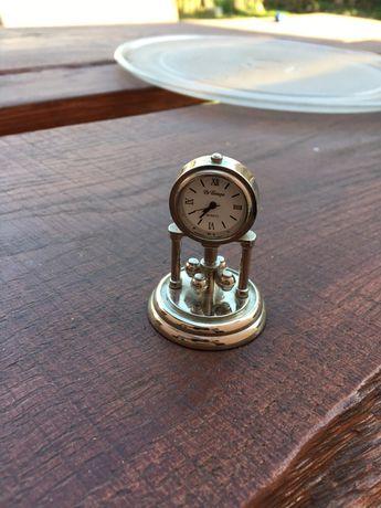 Zegarek ozdoba stojący mały
