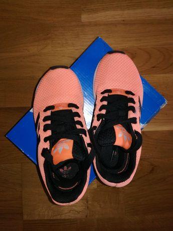Кроссовки девочке Adidas