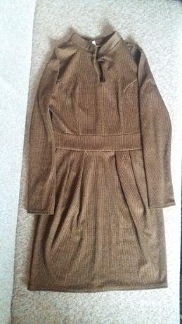 Продам платье на зиму