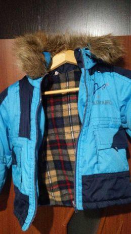 Комплект зимний на мальчика на 3-5 лет