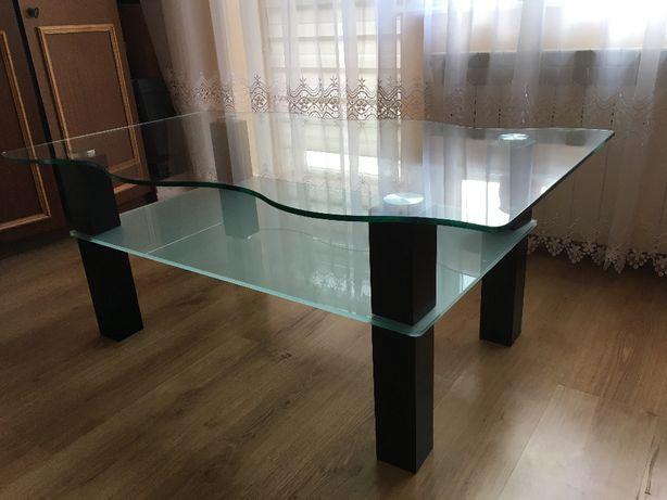 stolik kawowy ze szklanym blatem