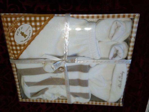 Подарочный набор для новорожденного малыша