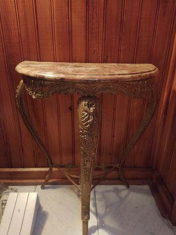Mesa de apoio em ferro e tampo mármore