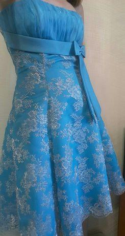 Нарядное платье с корсетом р S-M 44-46 как новое