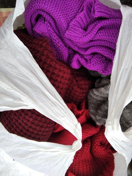 Отдаем вещи лосины фартук  кофта свитер куртка халат платье свитшот