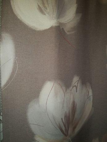 Zasłony z motywem kwiatowym