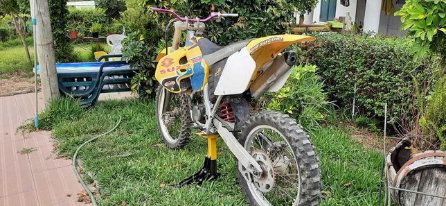 Suzuki rm 250 para peças