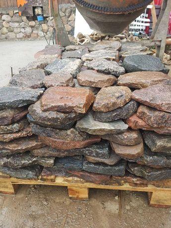 Kamień polny łupano cięty z starobruku