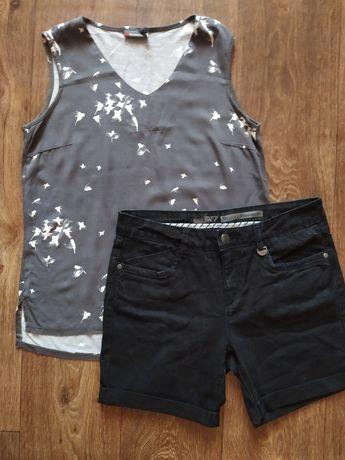 Майка и джинсовые шорты