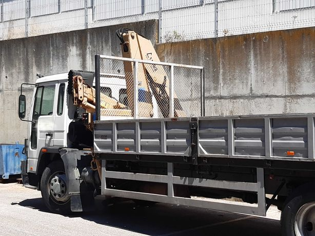 Camião com GRUA COPMA C 1130/2