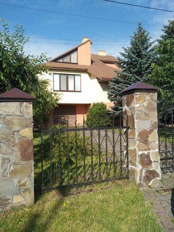 Продаж будинку в с. Зубра