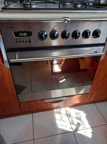 Piekarnik elektryczny z płytą gazową