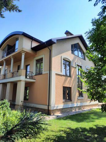 Красивый  дом  в сосновом лесу Шишкино