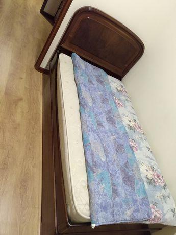 Cama de solteiro com colchão incluído