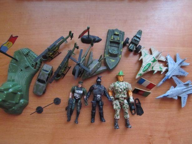 Игровой военный набор.Военный набор
