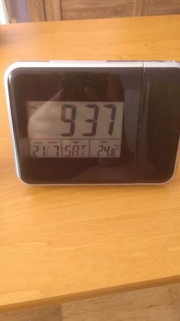 Zegar, zegarek z projektorem i termometrem