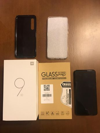 Vendo ou Troco Telemóvel Xiaomi Mi 9 SE 6GB RAM 128GB Dual SIM + Acess