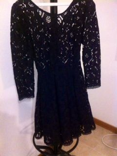 Vestido Preto de Renda NOVO (Tamanho S)