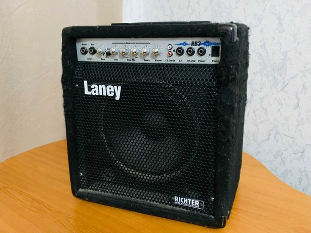 Laney RB2. Басовый комбоусилитель