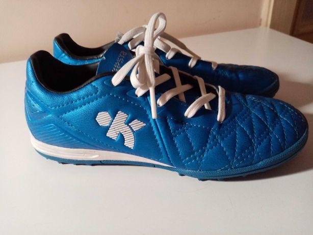 Buty dziecięce KIPSTA turfy do piłki nożnej rozmiar 31 , wkładka 19,5