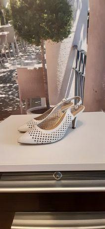 Buty ślubne eleganckie, szpilki, białe rozmiar 36 Tamaris Ryłko