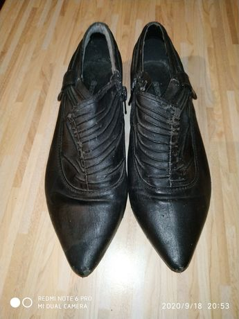 Туфли осенние. Чёрные