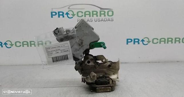 Fecho Da Porta Trás Esq Nissan Terrano Ii (R20)