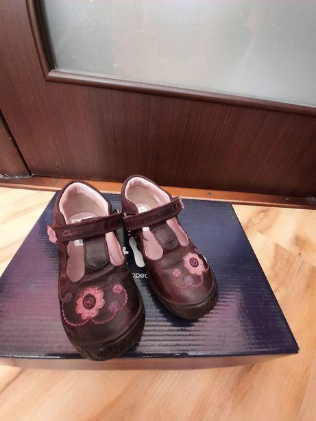 Лучшая кожаная обувь для деток туфли Clarks 23-24р.