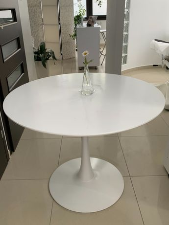 Stół biały okrągły
