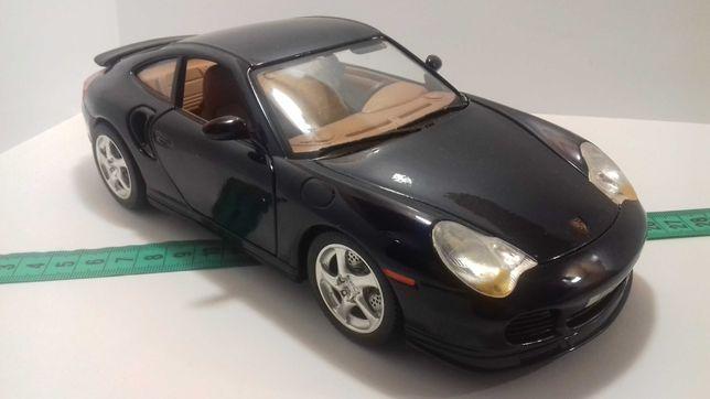 Модель машины Porsche 911 Turbo 1:18 Burago Made in Italy Порш Турбо