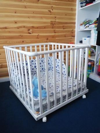 Łóżeczko-kojec dla dziecka