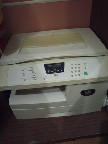 Копіювальний апарат XEROX M15.
