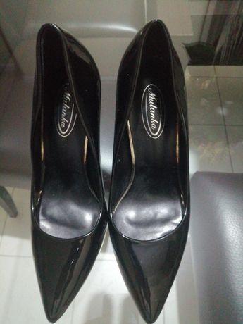 Sapatos de senhora, como novos