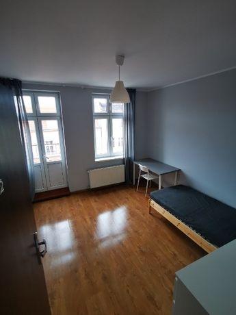 3 niezalezne pokoje z balkonem. 5min centrum ul. Pamiątkowa