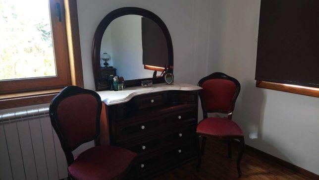 Mobília conjunto para quarto em Nogueira