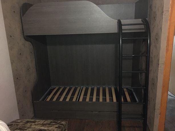Срочно!!! Продам двухъярусную кровать