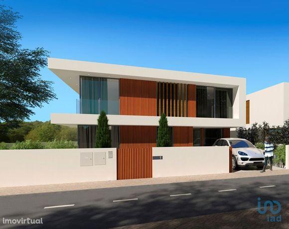 Moradia - 162 m² - T3