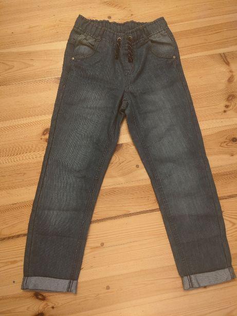 Niebieskie spodnie jeans chłopięce 140 od CoolCLub