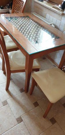 Stół kuchenny+ 4 krzesła