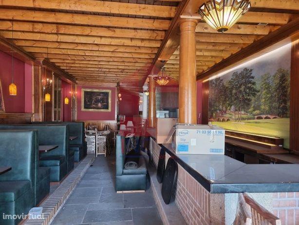 Vende-se Loja com Bar / Restaurante em Vila Verde